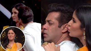 Salman Khan CUTELY KISSES, HUGS Katrina Kaif in Public | Dance India Dance 6