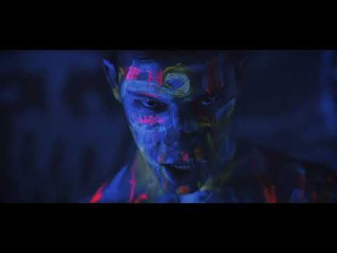 Mike's Dead - Jeepers Creepers (Official Music Video)