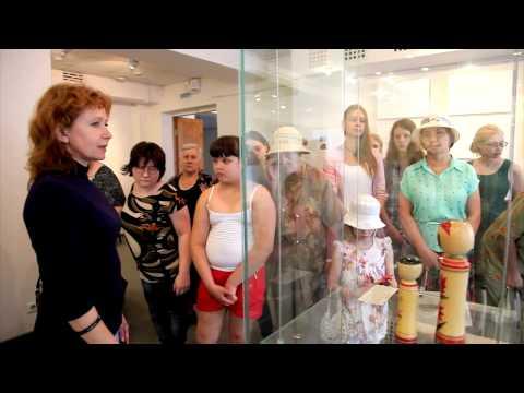 В музее ИЗО открылась выставка деревянных кукол кокэси