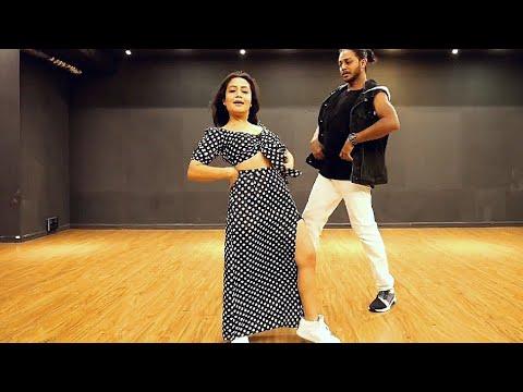 Neha Kakkar Dance Cover On Aankh Maare Wo Ladka Aankh Maare, Rahul Status, Rahul Yadav, Rahul Status