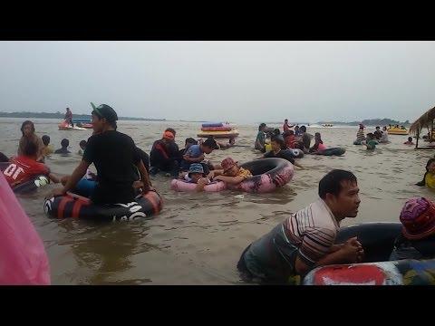Isan - Northern Thailand & Mekong River -  Songkran Time