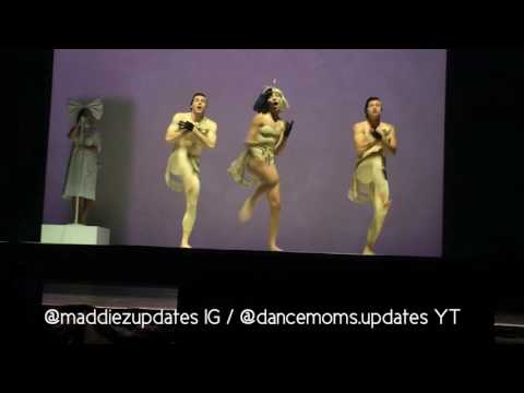 "Maddie Ziegler ""Cheap Thrills"" HQ At Sia's Tour"