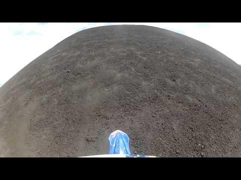 Subiendo el Cerro Negro en moto yz450f
