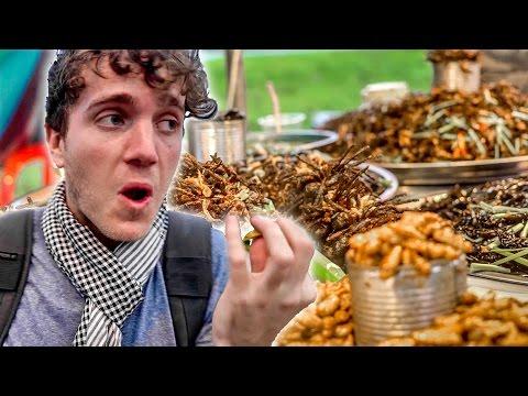 AUSTRALIANS TRY WEIRD CAMBODIAN FOOD