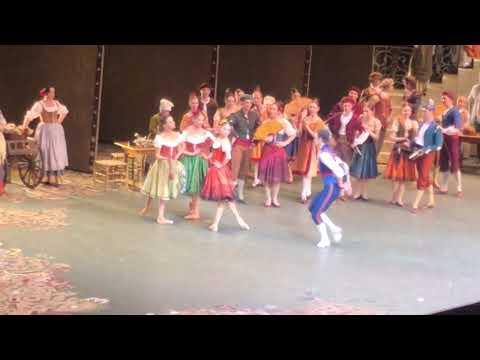 Давид Мотта Соарес и Анна Никулина в балете Дон Кихот