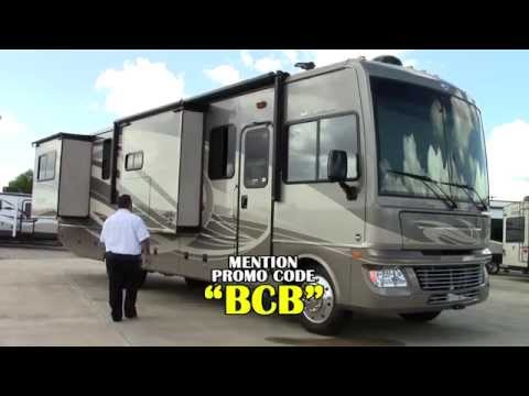 New 2015 Fleetwood Bounder 34T Class A Gas Motorhome RV - Holiday World Of Houston & Las Cruces