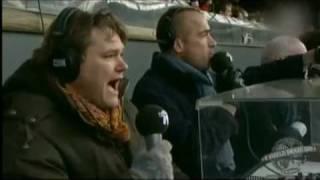 TV-Moment DWDD = RTV Rijnmond verslaggevers tijdens de klassieker Feyenoord - Ajax