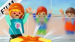 Playmobil Film deutsch   JULIANS GESCHENK FÜR MOBBER   Prank an Mario   Kinderserie Familie Vogel