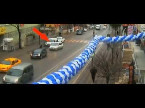 Gebze mobese kameralarına takılan ilginç kazalar