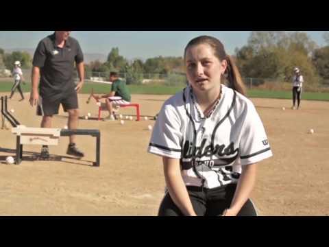Sling Pitcher Manual Softball Pitching Machine