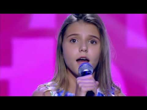 Giulia Nassa canta '(Out Here) On My On' no The Voice Kids - Audições | Temporada 1