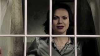 Emma & Regina Swan Queen SHAKE IT OUT