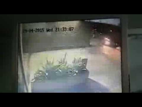 Ladrones casi le quitan el carro en Caracas, Venezuela