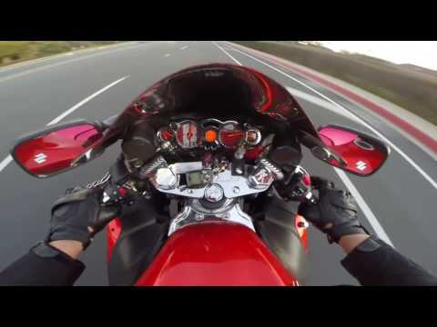 HAYABUSA AND TRIUMPH SPEED TRIPLE CRUISING - 동영상