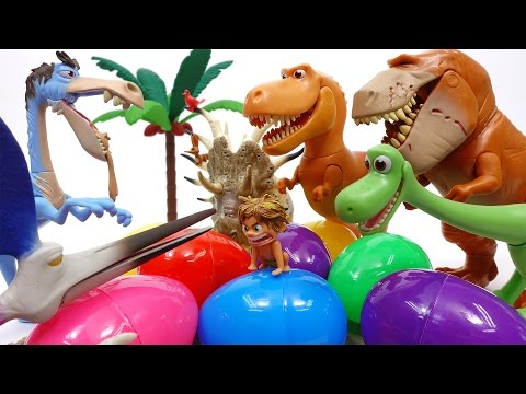 Let's Open Surprise Eggs With Good Dinosaur~!