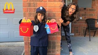 Kids Pretend Play Police Delivery Mcdonalds Happy Meal! funny video