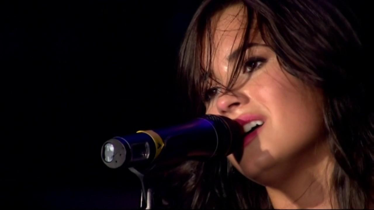 Download Demi Lovato - Live at Wembley Arena 2010 (Full Concert DVD) (HD)