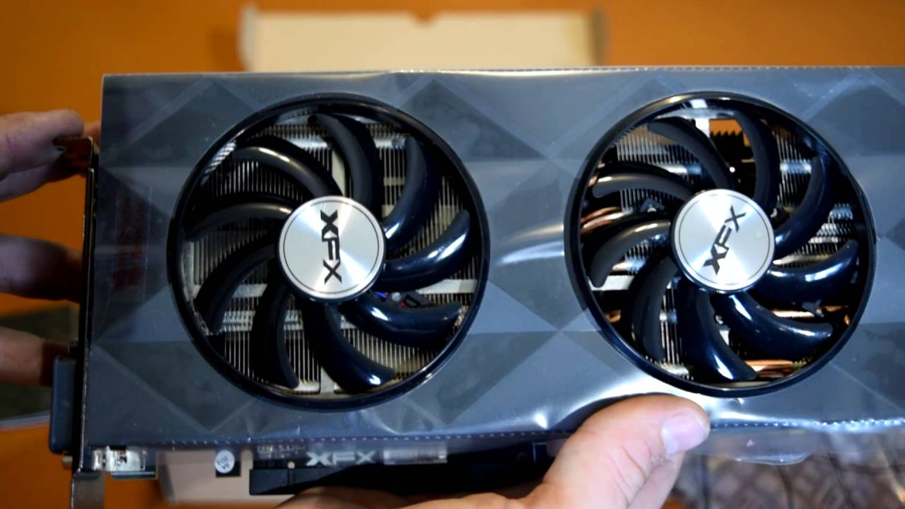 XFX - AMD Radeon R9 390 8GB UNBOXING