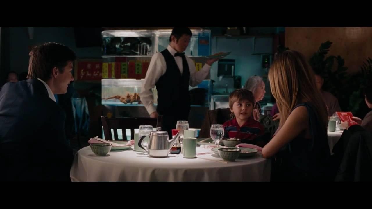 Une famille très moderne bande annonce HD VF