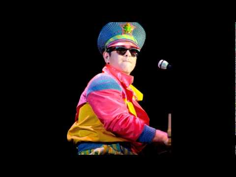 #11 - Sad Songs (Say So Much) - Elton John - Live in Chicago 1988