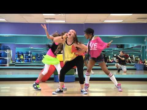 Hip Hop Kidz Mattel / Barbie Fashion Show video