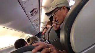 New video United Airlines passenger before removal is released