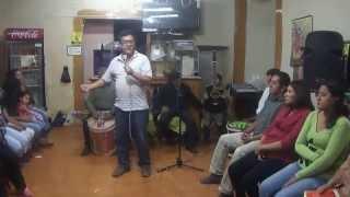 """""""GOTITAS DE AMOR"""" EN LA CASA DE CARLOS CASTRO, CON EL DIÁCONO PARDO HIDALGO  y EL PADRE CHARLES PEÑA"""