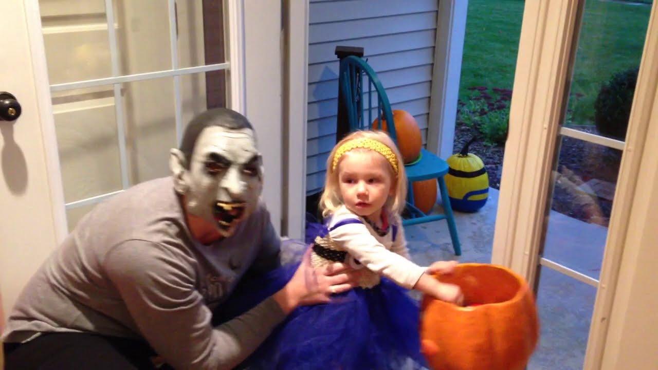 Halloween Festival ★ أطفال مضحكة ومقالب هالوين #woavideos