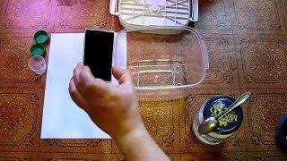 Способ высушить телефон(Телефон упал в бочку с водой. После просушки, разобранным на части, под экраном все равно были разводы - капп..., 2013-05-26T18:02:00.000Z)