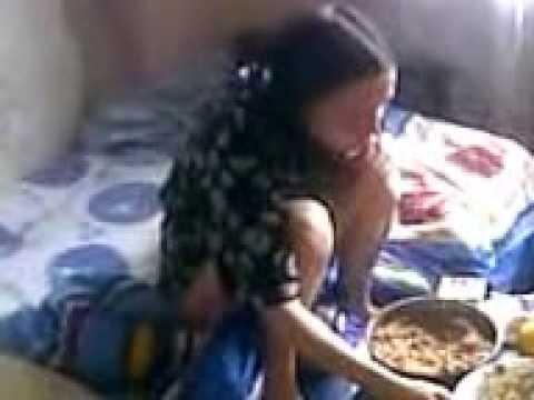 голодная девушка секс видео при