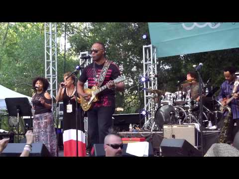 You Can't Change That - Ray Parker Jr. (Smooth Jazz Family)