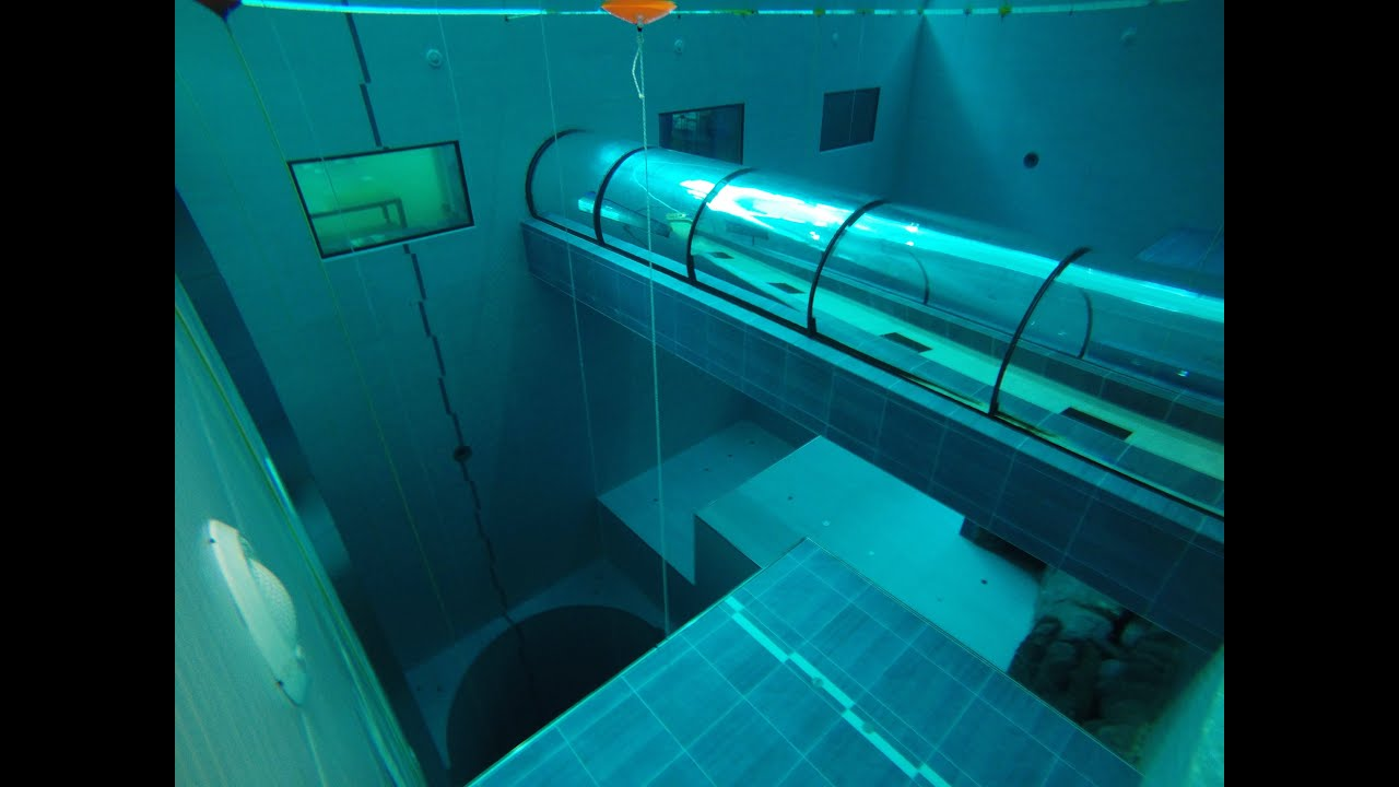 Y 40 the deepest pool in the world la piscina pi for Piscina y 40 italia