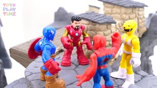Power Rangers & Marvel Avengers Toys Pretend Play | Trapped Hulk Need Help
