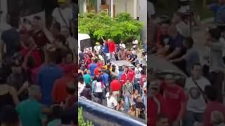 Jorge Rodríguez intentado sacar a oficialistas de la Asamblea