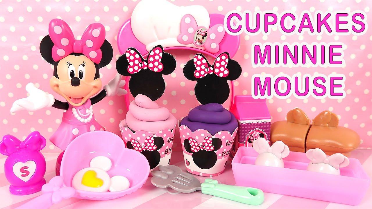 minnie mouse jeu cuisine accessoires et cupcakes pate a modeler