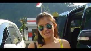 Entertainment News - Tika T2 berlibur ke Bali