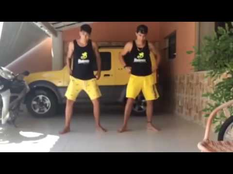 Meninos dançando  funk😎 thumbnail