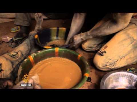 Miners risk death in Burkina Faso gold rush