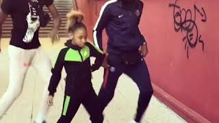 5year old Girl dance soco with adults