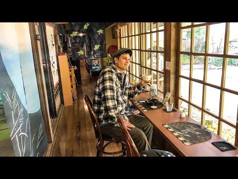 Japan's Trendy Mountain Town W/ Tatami Coffee Shop