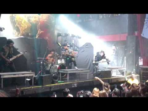 Upon A Burning Body - BMF Live