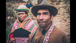 En Bolivie, le savoir Kallawaya est transmis oralement par les anciens depuis des générations
