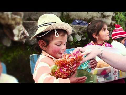 operation-christmas-child---ecuador-distribution-2012