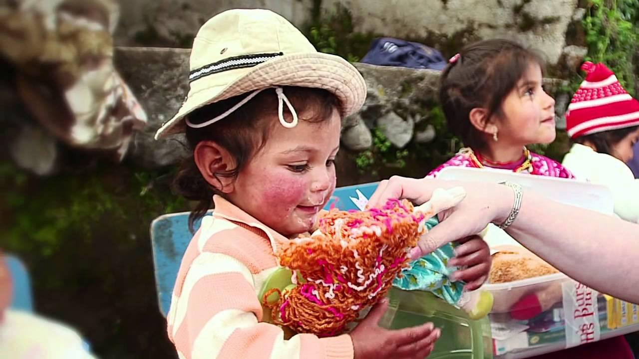 operation christmas child ecuador distribution 2012 youtube - Christmas Child