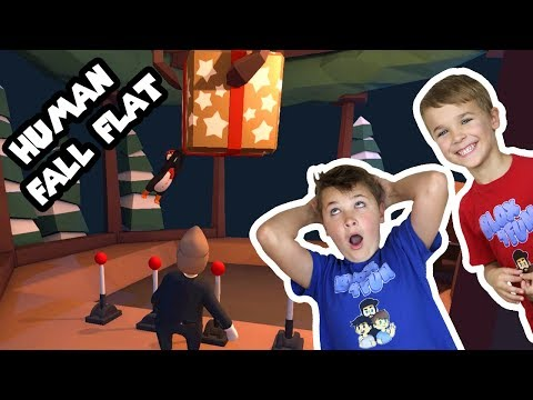 TWO BROTHERS HELPING SANTA TO GET READY FOR CHRISTMAS! | HUMAN FALL FLAT MULTIPLAYER