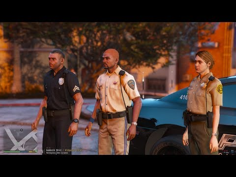 FIVEM Patrol   LSPDFR plugin in FIVEM   Pulling over the AI with Tryhard &  Crew