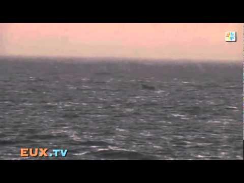 Somal Pirates Attack a Dutch  Warship