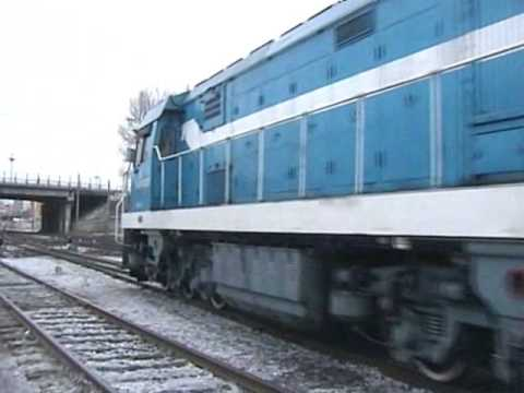 Chinese Diesels - DF5 1328 switcher at Hegang