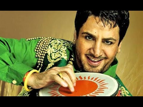 Gurdas Maan And Family Photos With Friends And Relatives