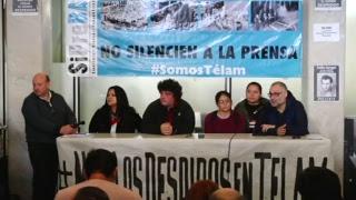 Conferencia de prensa en TELAM